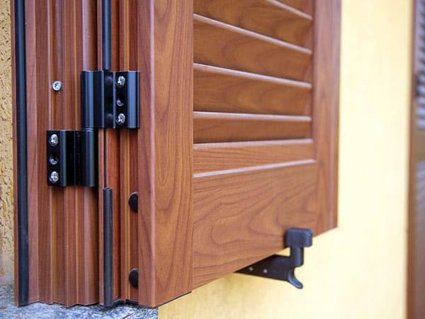 Sostituzione persiane modena detrazione montaggio scuri oscuranti per porte finestre lucernari - Sostituzione finestre detrazione ...