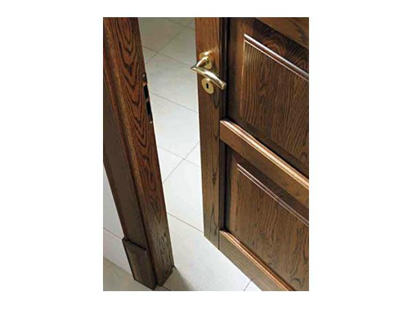 Porte classiche reggio emilia porte interne in legno for Porte interne detrazione 2017